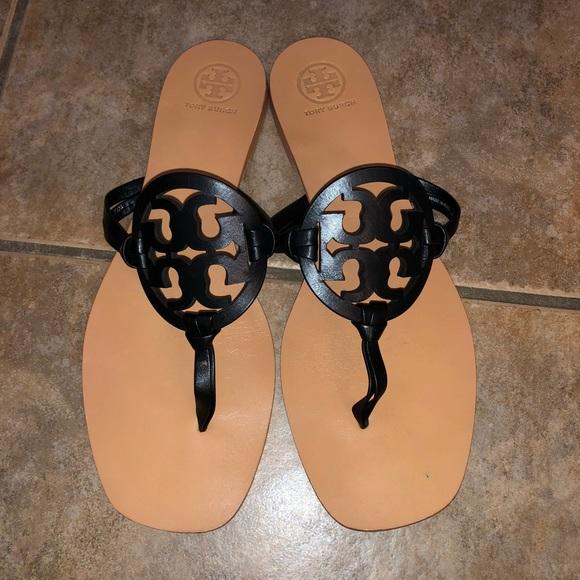 142ff4b71fb Tory Burch Square Toe Miller Slide Sandal Flat 7.5.  M 5bd899ac8ad2f9a590be882d